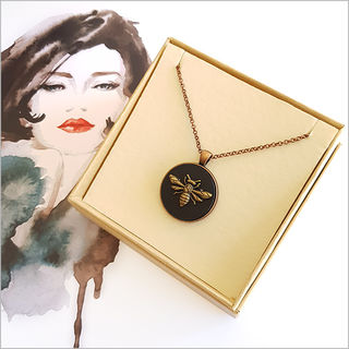 Circle Necklace: Vintage Honey Bee