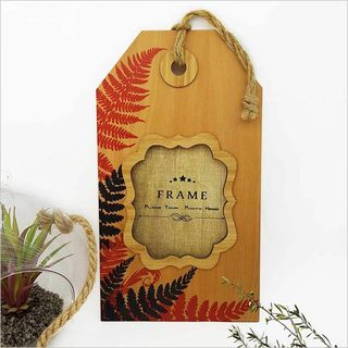 Tag Photo Frame (Silver Beech) : Silver Fern