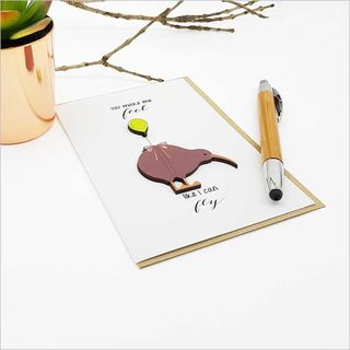 Greeting Card with embellishment: Kiwi