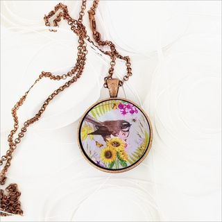 Circle Necklace: Floral Fantail (Printed MOP)