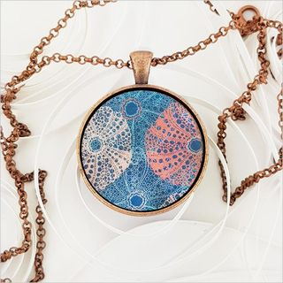 Circle Necklace: Kina (Printed MOP)