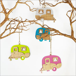 Hanging Ornament:: Caravan
