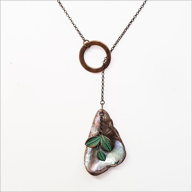 Circle Lariat Necklace: Paua Shell+Leaves